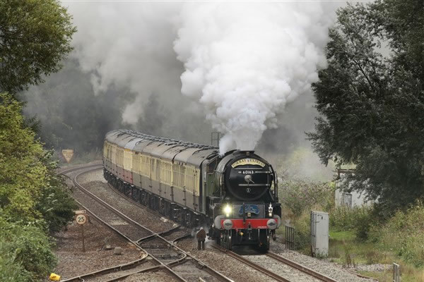 Professional photographs of trains throughout the UK